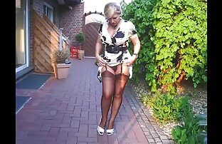 美ジャスミン優しく彼女のハゲの猫を撫でる エロ 動画 女子 用