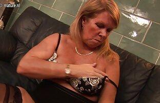 バレンタインは彼女の口の中で強い黒のボルトを取った えろ 動画 女性 向け