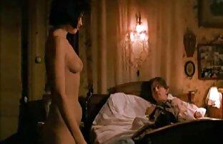 熱を持つ男は、タイトな膣に大きな赤毛に入ります 女性 が 見る エロ 画像