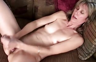 アンジェラ-バスルームで若い美しさ 女の子 向け エッチ 動画